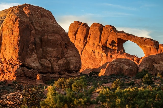Best Hikes IN Arches National Park