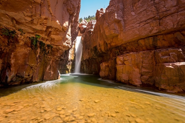 hikes in arizona with waterfalls
