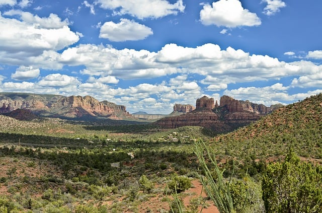 best hiking trails in sedona