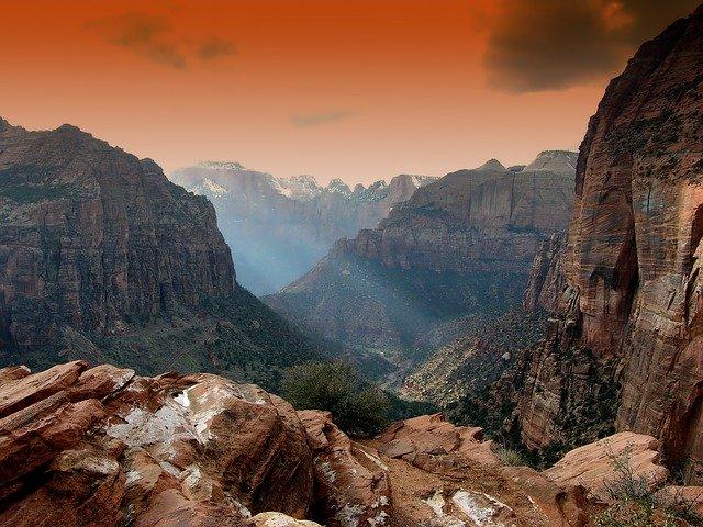 closest national park near las vegas
